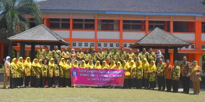 Study Banding SMAN 1 Godean ke SMAN 8 Bandung